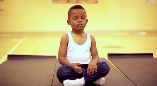 Una escuela en Baltimore cambió los castigos por meditación